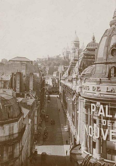 Goutte d'Or Quarter, Galeries Dufayel, Palais de la Nouveauté (1910), Paris XVIII