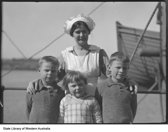 111013PD: Orphaned children and nurse, 1924?