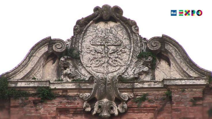 """费拉拉的味道-""""费拉拉的萨拉马酱肠是5个世纪传承下来的元旦传统食物。 在艾米丽亚,两个20世纪的伟大画家为我们留下了魔术般的 现实主义的踪迹 - 正如被称作的那样 – 他们是Carlo Carrà 和Giorgio De Chirico。#2015米兰世博##费拉拉##萨拉马酱肠#"""