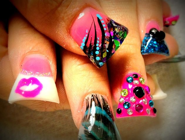 I am thinking if my nails were shaped like this - I would be gouging the shit ouf of everything - including myself