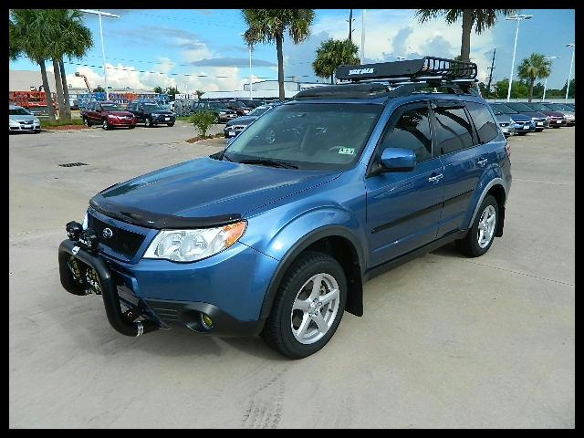 Awesome Rack On Top An Bumper Bar!! 2009 Subaru Forester Wondering If The  Front