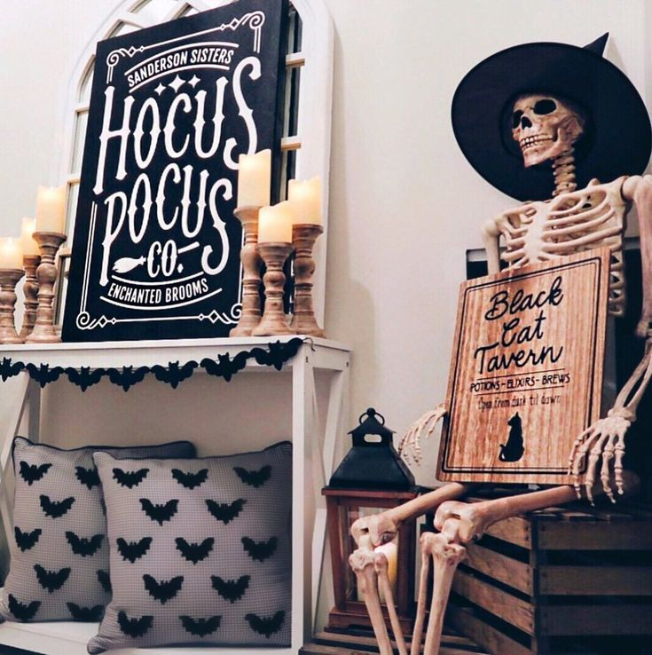 DIY Halloween Decorations (Easy, Scary, And Cheap DIY