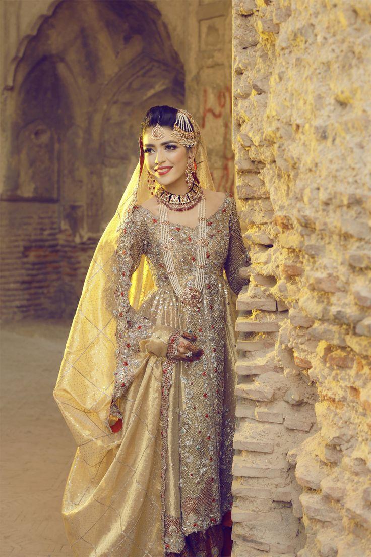 Lailomah Shah in an exquisite bridal ensemble by Deena Rahman.