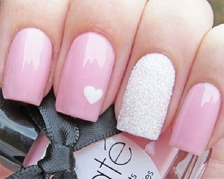 Nail art is the popular trend these days, its acceptance has reached across the globe over the past few years. Big nail bars are now serving women with quality