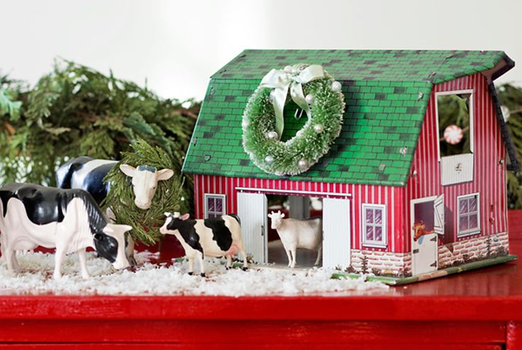 Dress up a vintage toy for the holidays.: Holiday, Christmas Barn, Christmas Cheer, Country Living, Christmas Decor, Vintage Toys, Toy Barnyard, Christmas Ideas