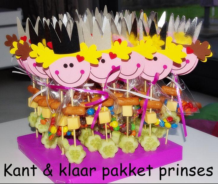 Kant & klaar pakket prinsessen.... Zelf de traktatie eraan maken en klaar! Leuke combi van zoet en hartig. www.zelftraktatiesmaken.nl