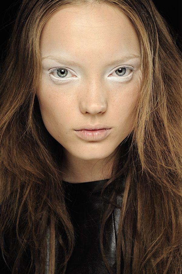 White make-up - inspiration for diner en blanc