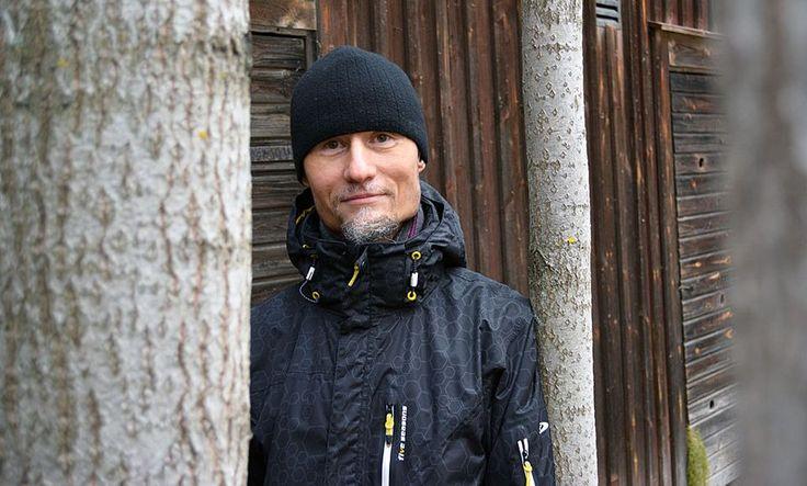 Runonlaulaja ja kansanmusiikintaitaja Janne Seppänen.