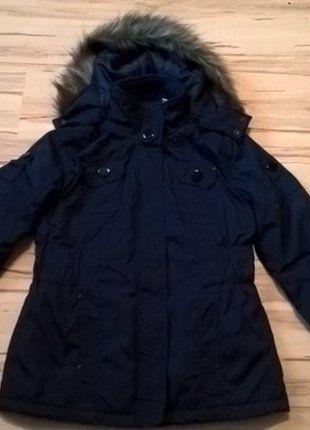 Kup mój przedmiot na #vintedpl http://www.vinted.pl/damska-odziez/kurtki/19025461-granatowa-kurtka-z-kapturem-r-38