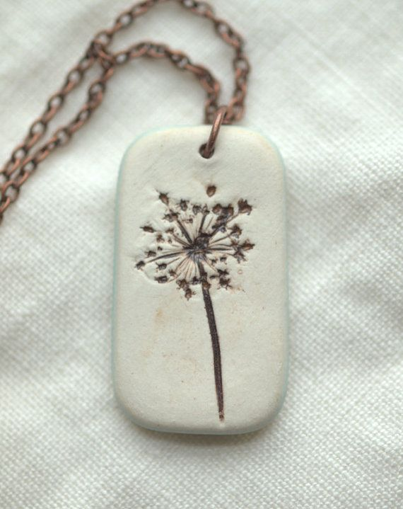 Earthy Porcelain Pendant with Queen Anne's Lace por xRESEEDx