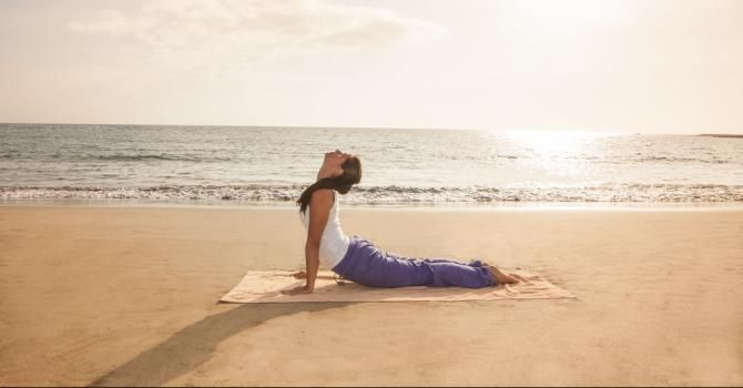 Le stretching : s'étirer en douceur : http://www.fourchette-et-bikini.fr/sport/le-stretching-setirer-en-douceur-24939.html