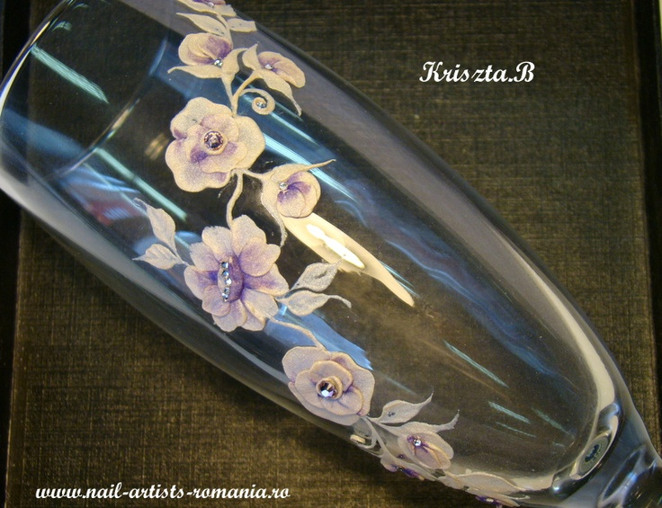 Special gifts   www.nail-artists-romania.ro