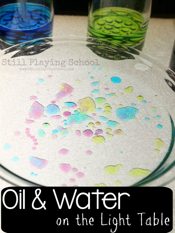 Oil and Water on the Light Table. Simple science for kids.
