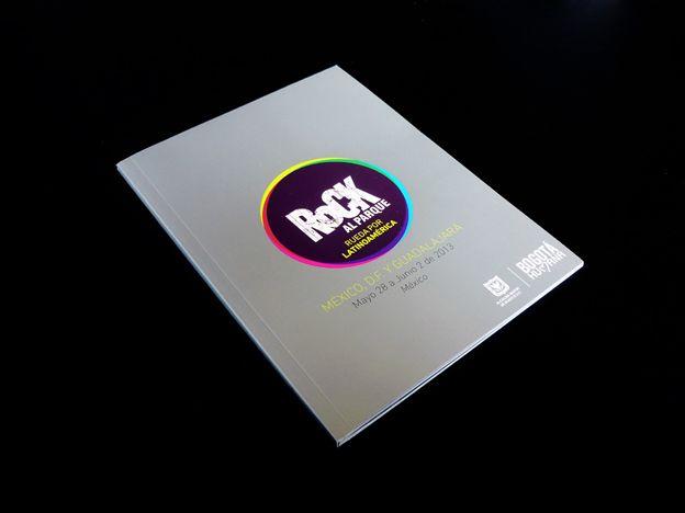 Catálogo Gira Internacional Rock al Parque / México Concepto, diseño editorial, diagramación, retoque fotográfico y desarrollo. Trabajo realizado para el Instituto Distrital de las Artes IDARTES. Bogotá, 2013.    Catálogo completo: http://issuu.com/idartes/docs/catalogo_gira_rock_2013 #editorial #typography #design #graphicdesign #rock #music