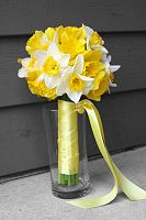 White and Yellow Daffodil bouquet designed by JulieZDesignZ, LLC.  Perfect for a spring wedding!