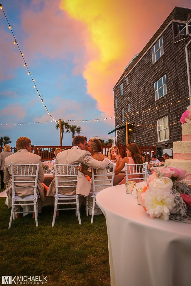 View Beautiful Destin Wedding Photography In Our Gallery Of Beach Photos And Pictures Taken At The Lovely Henderson Park Inn Fl