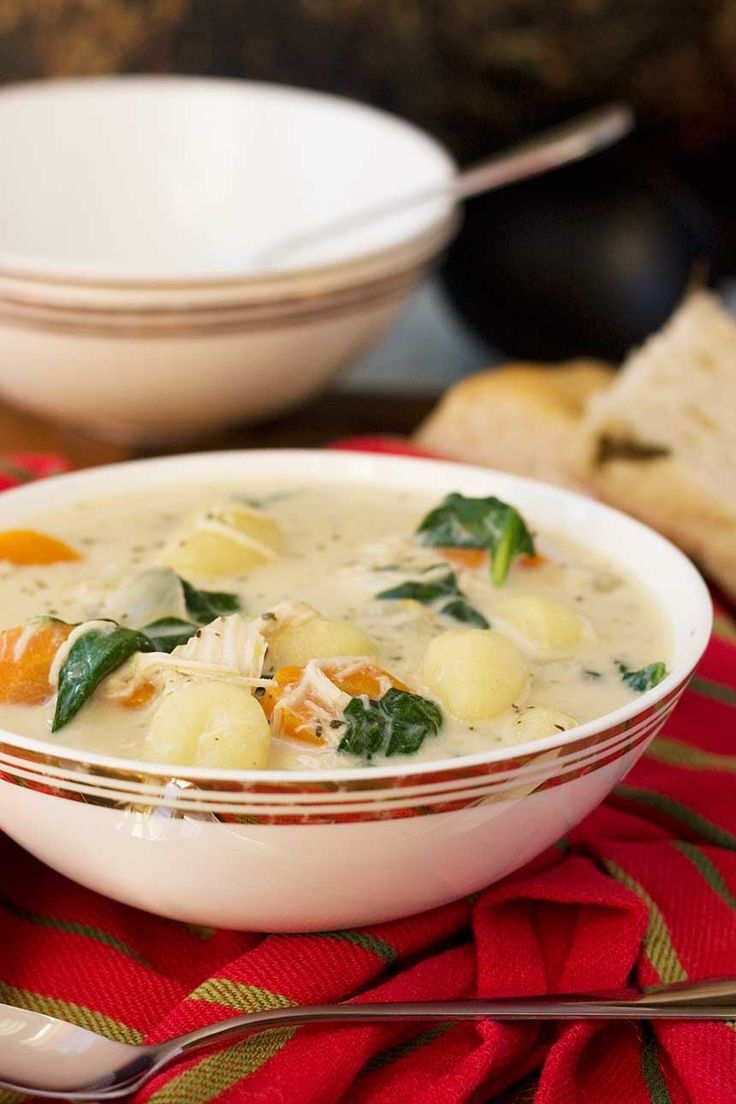 This chicken gnocchi soup is creamy, healthy and nutritious ... and just like the soup at Olive Garden!