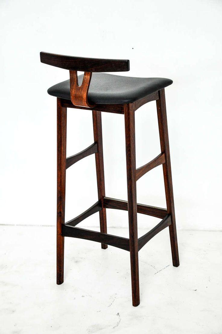 Best 25 Leather bar stools ideas on Pinterest White  : e1967e4d47048e243c2cf26ea840b67a bar chair leather bar stools from www.pinterest.com size 736 x 1108 jpeg 55kB