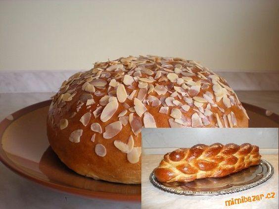 ingredience vložíme do pekárny a zapneme program těsto. Po ukončení programu těsto propracujeme ruka...
