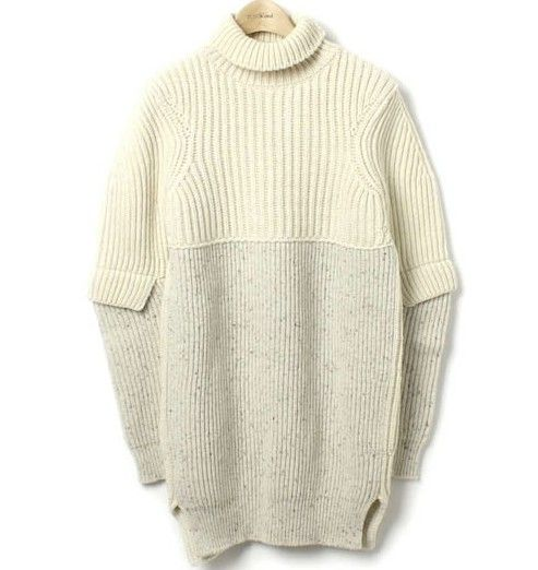 lacollectionneuse:  CELINE by フィービー タートルニット XS/Acne The Row Clhoe turtleneck knit • céline30,000 円
