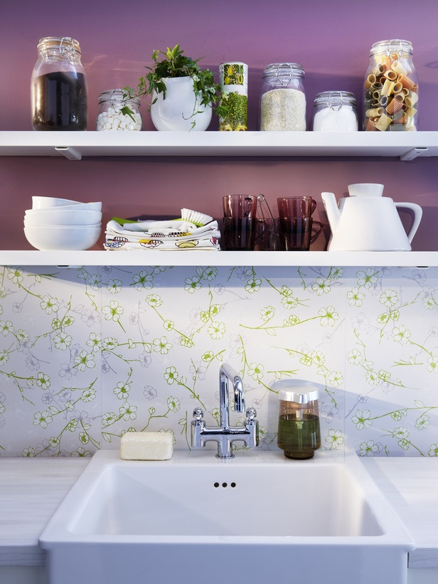 Reversible melamine laminate wall panels double your design options. They can be cut and adhered behind countertops/cooktops, plus they clean up easily. What's not to love?