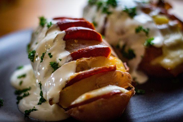 A+tigrisburgonya+főételnek+is+kitűnő+választás,+de+egy+sült+hús+mellé+köretnek+is+fantasztikus.+Laktató+és+finom+étel+végtelen+variációkkal.  Vegetáriánusoknak+is+ajánlom+ezt+az+egyszerű+ételt,+természetesen+a+húsfélék+kiváltásával,+lehet+színes+paprikákat+vagy+paradicsomkarikákat…