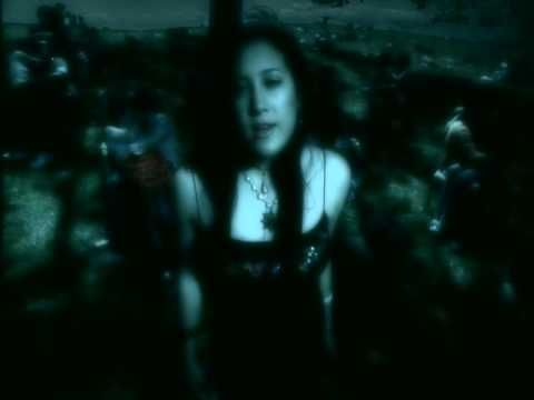 Vanessa Carlton - Ordinary Day  Don't you see all your dreams lie right in the palm of your hand ....