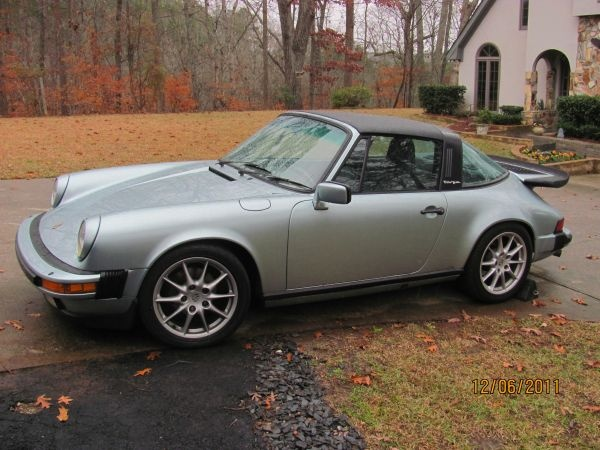 1985 Porsche 911 Carrera Targa in crystal green metallic