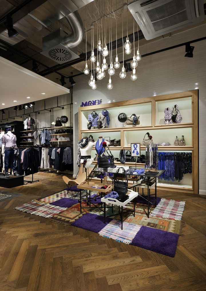 "The impressive new ""Mexx Lifestlye store"" at 300 sq feet in Krefeld (Germany) shows the new Loft Design that should represent the metropolis lifestyle and fits to the new Mexx Metropolitan Collection."