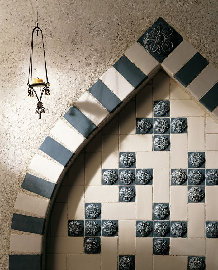 Foyer Tile Xbox One : Create a focal point in an entryway kitchen or bathroom