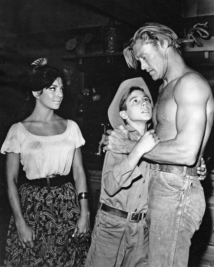 The Rifleman Chuck Connors Shirtless Hugging Johnny Crawford in 1961