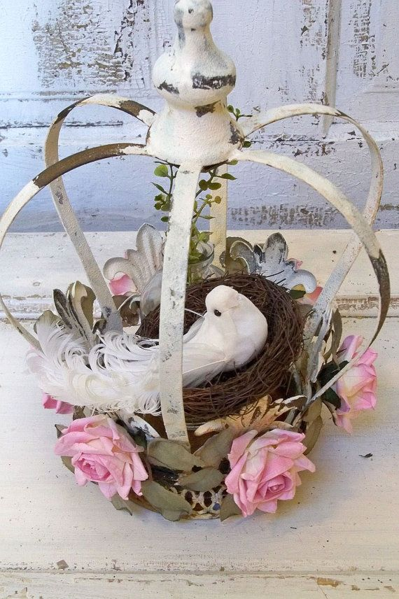 Shabby chic metal crown decoration, rustic crowns at www.crownchic.com