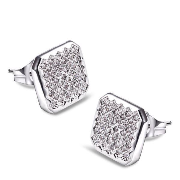 Square Diamond Earrings for Men- Experience the luminous shine of these beautiful diamond earrings for men #squarediamondearrings
