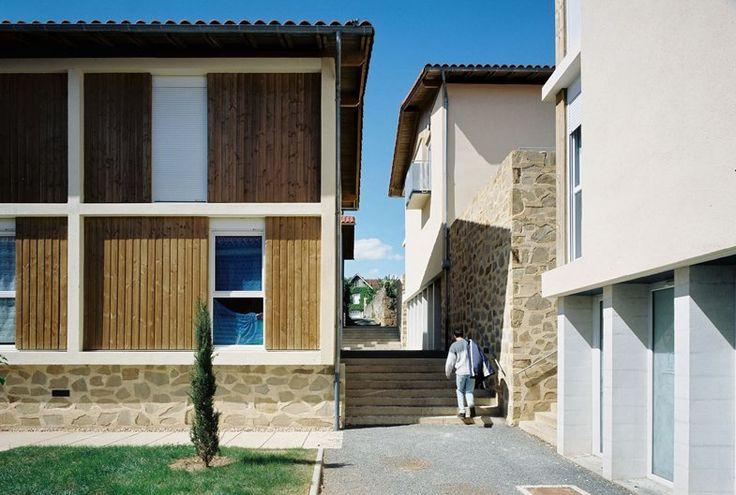 Résidence universitaire à Figeac - archicontemporaine.org - Le panorama en images du Réseau des maisons de l'architecture