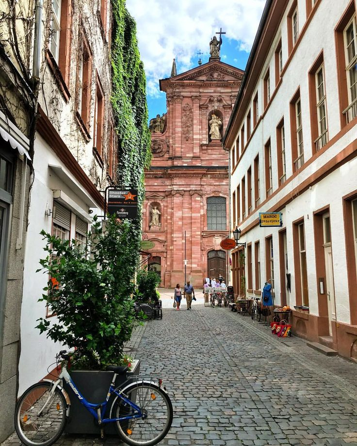 Good morning everyone! I present you Heidelberg, one of the most beautiful cities in Germany. . ⛪️ At the very end of the road you see the Jesuit Church (Jesuitenkirche). Inside this marvellous baroque building, in the crypt, is buried Frederick I, the Victorious (der Siegreiche), from the House of Wittelsbach in 1451–76. He ruled the Palatinate of the Rhine in the Kingdom of Germany and the Holy Roman Empire. .