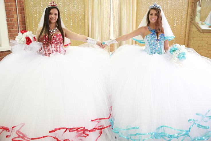 Red and blue and a wedding for two! Gypsy sisters Brittany and Kalynn are marrying gorgers in a double wedding ceremony. Designer Sondra Celli used 600 yards of tulle, 1,200 yards of ribbon, and over 30,000 crystals to create their bridal ensembles. #GypsyWedding