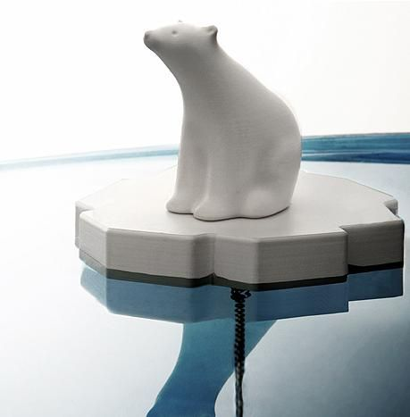 Polar bear to fill your bathtub    Melting ice is a current problem, some animals such as polar bears are threatened with extinction. Here is a product that will remind you daily of these problems Global Warming. Indeed this plug bathtub, designed by Chaiyut Plypetch for Propaganda , consists of a cap and the end of the chain a polar bear floating on a piece of ice micro, guaranteed ...