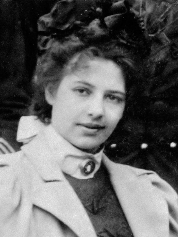 Mata Hari: The Seductive Spy