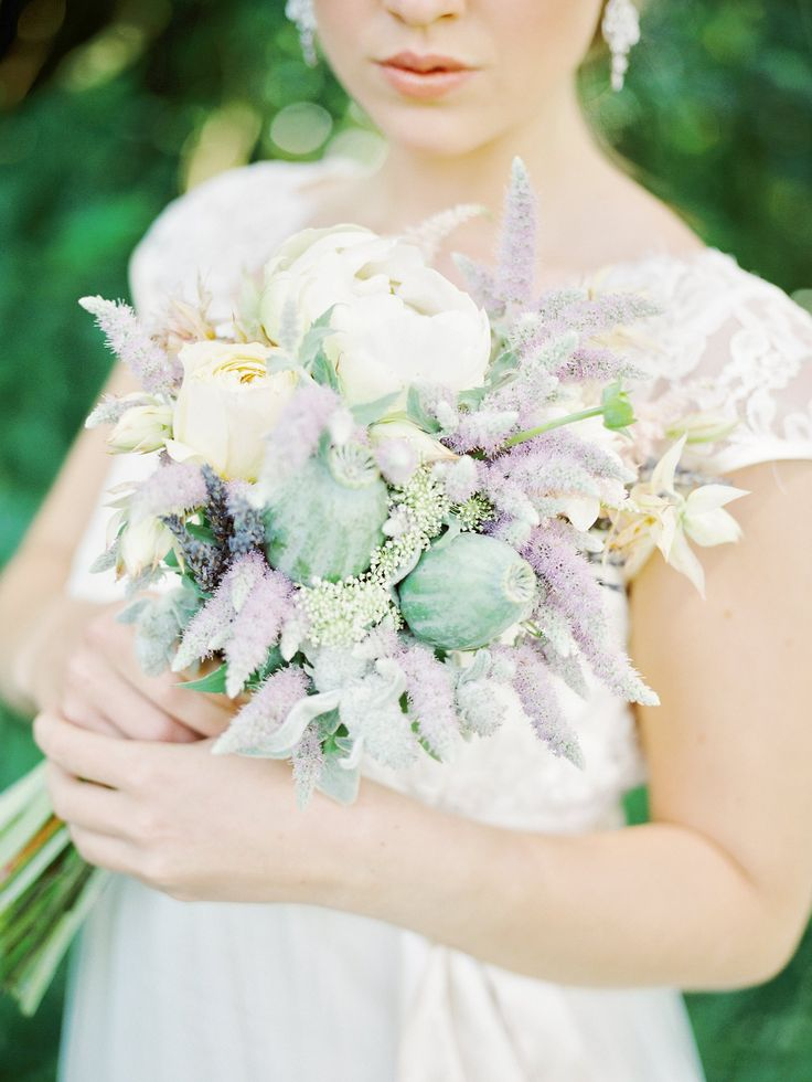 19 bridal bouquet types which wedding bouquet style is - 736×980