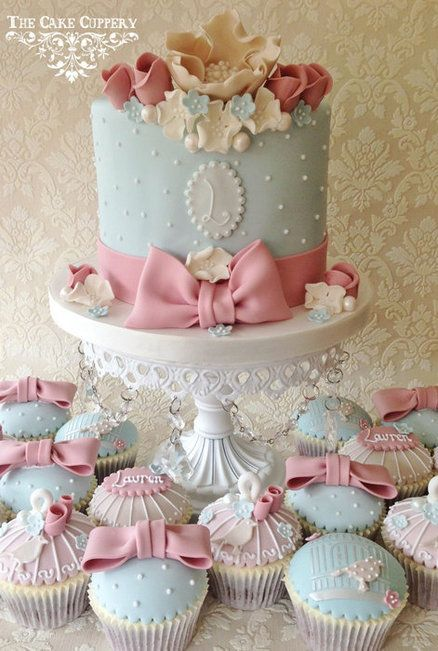Shabby Chic Celebration Cake and Cupcakes.  Pretty!   ᘡղᘠ