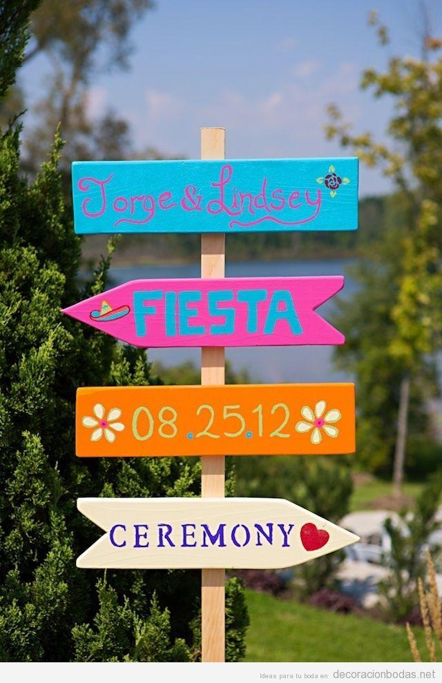 Carteles originales de madera para indicar la boda a tus invitados