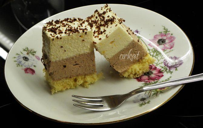 Kellemesen+lágy,+nem+túl+édes,+mégis+csodásan+csokoládés+élményt+nyújt+ez+a+sütemény.+Könnyű,+habos,+krémes+csábítás.      Hozzávalók+(25x35+cm-es+tepsihez):  A+piskótához:  4+db+L-es+tojás  9+dkg+cukor  12+dkg+liszt  2+teáskanál+sütőpor  A+krémhez:  15+dkg+csokoládé  4+db+L-es+tojás+sárgája  12…