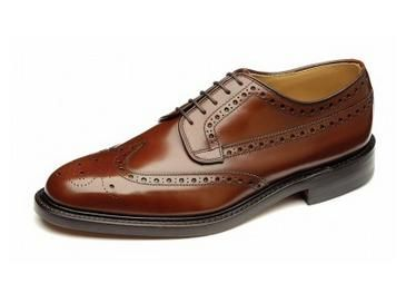 Loake Braemer is made on a traditional last shape, this is a solid F fitting shoe. Part of the Loake Shoemakers collection, this range showcases new variations of traditional Loake designs alongside the company's best-selling classics, with all styles in the range benefitting from traditional Goodyear Welted soles. Available in classic Black Polished Leather or Tan Polished Leather.   http://www.robinsonsshoes.com/loake-braemar.html
