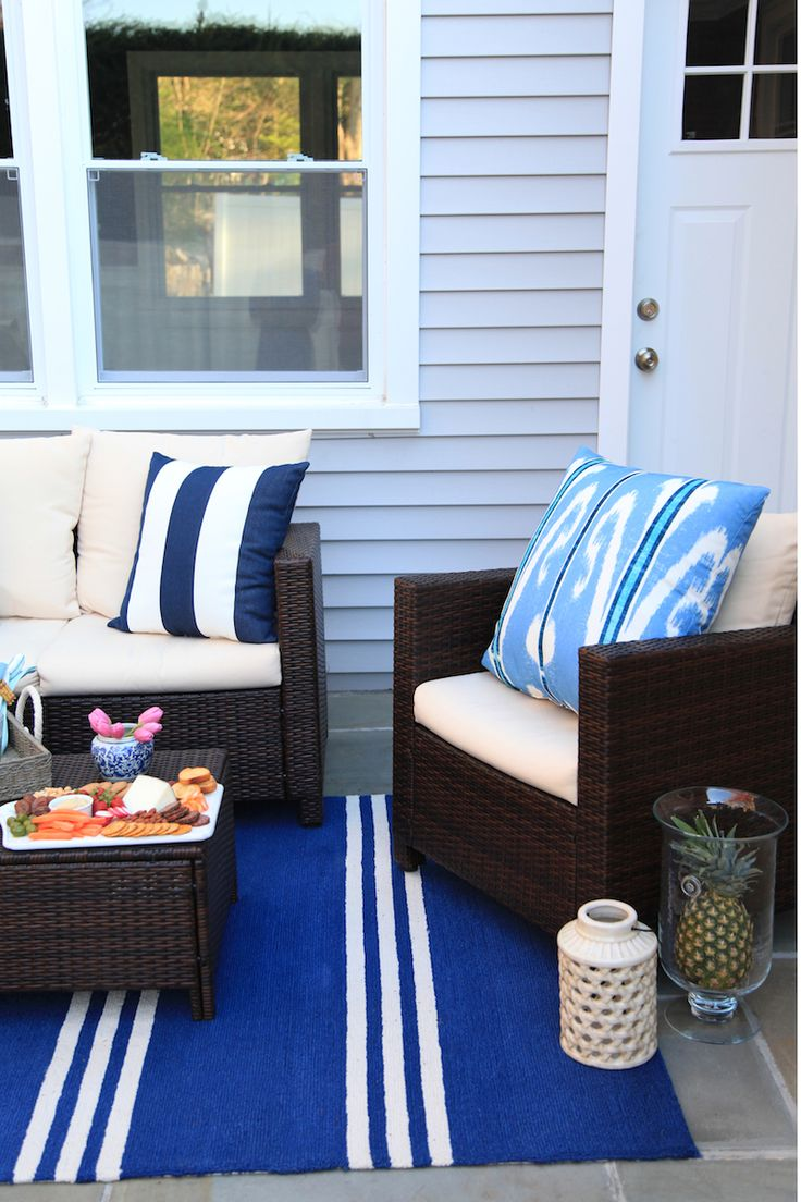 Nautical outdoor furniture
