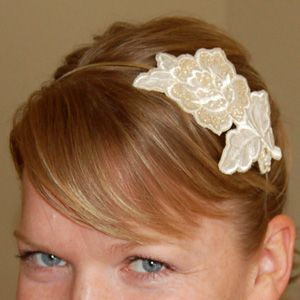Headband tutorial: Diy Headband, Craft Flowers, Flowers Headbands, Flowers Appliques 233 D, Flower Headbands, Flower Applique, Crafts Flowers, Double Headband, Flowers Appliquéd