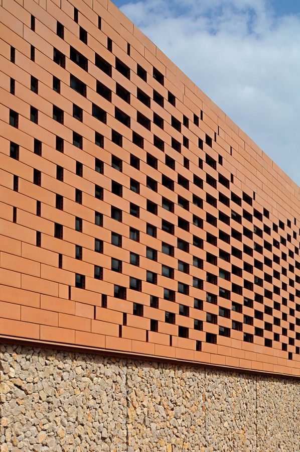 Pope John Paul II Hall / Randić & Turato trsat- franjevci8 – ArchDaily