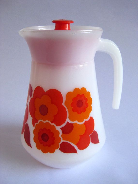 Arcopal  Lotus Jug / Pitcher French Milkglass by RetroEurope, €17.49