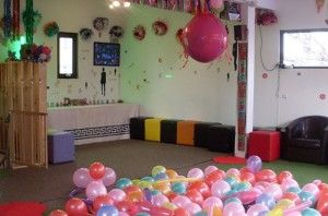 covor de baloane, balon jumbo, decoratii cu baloane-petreceri-copii-covor-baloane