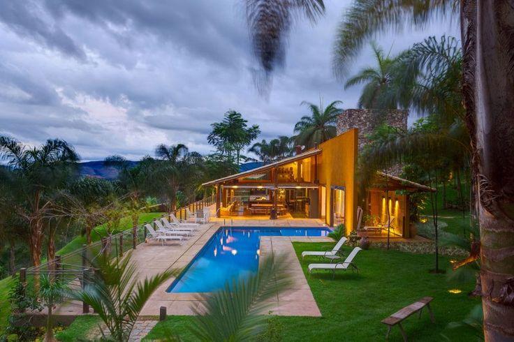 Casa de campo moderna de tirar o fôlego! - limaonagua