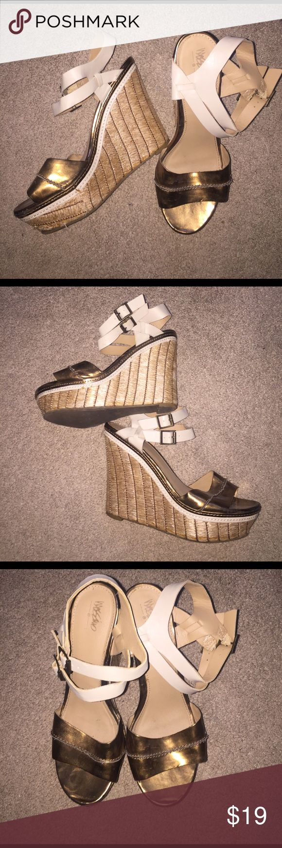 Fun Copper and Beige Wedges with Straw Heel Fun Copper and Beige Wedges with Straw Heel. Used but in good condition. Size 10. Heel is approximately 6 inches. Very comfortable despite heel height!!  Some signs of wear on heels and straw. Mossimo Supply Co Shoes Wedges